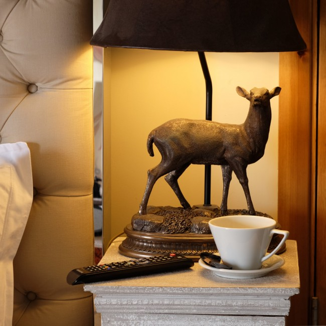 room decoration deer statue